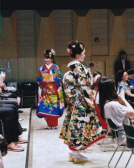 振袖 | 留袖 | 花嫁衣装 | 訪問着 | 袴 | 着物
