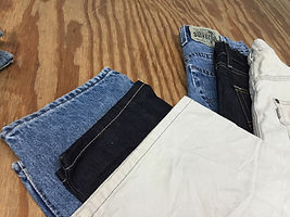Special quality used Levis jeans sold by bulk for import or export.