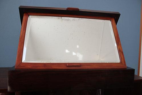Wunderschöne alte Holzkiste mit einem Spiegel Tischspiegel