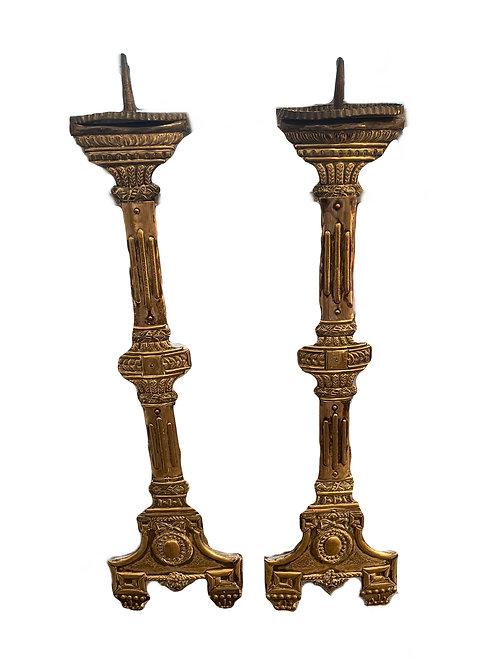 Ein Paar alte Altarkerzenleuchter