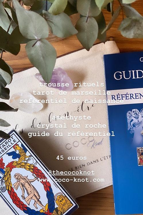 La trousse Rituel COCO Knot et le tarot de Marseille