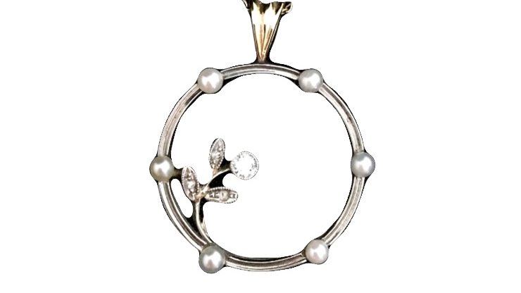 9ct Gold Pendent with diamond and seed pearls