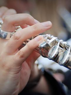 Flûte traversière jouer