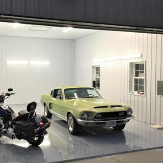 blue-gorilla-coatings-epoxy-garage-floor