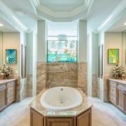 Beautiful-Master-Bathroom-in-an-Estate-H