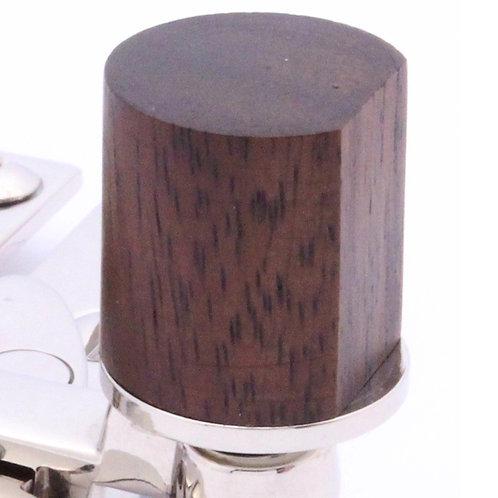 Quadrant arm type sash fastener cylindrical