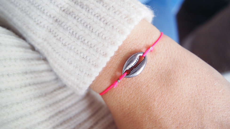 Bracelet coquillage - rose fluo