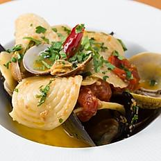 ムール貝とアサリのコルッツェッティ