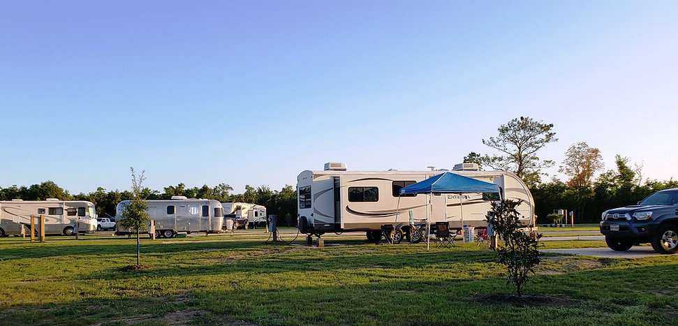 Full hookup RV camping sites with concrete pads