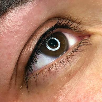 Permanent-eye-liner.jpg