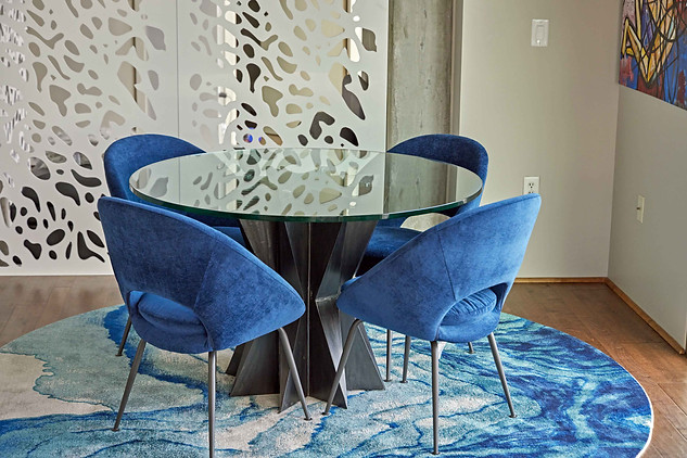 Luxury Pedestal Table