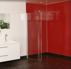 red-multipanel-wet-wall-panels-splas