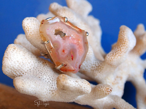 Pretty in pink - Agate Cocktail Ring - Size 7