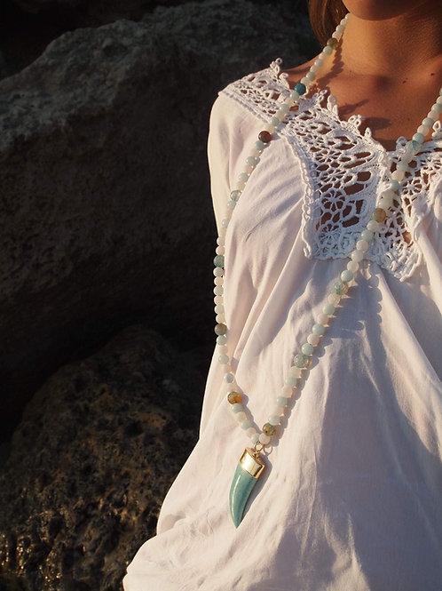 Long Agate Necklace and Turquoise horn - Amazone