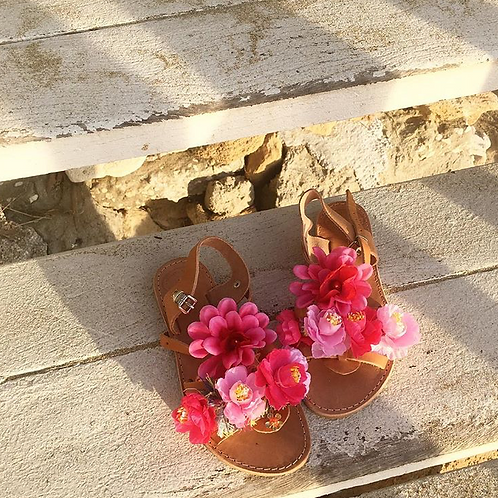 "Sandals with flowers ""SERENA"""