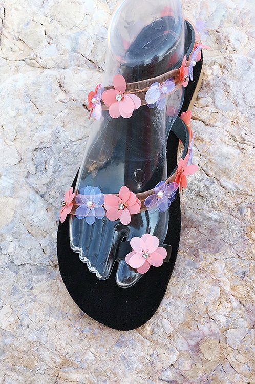 "Leather sandals with flower sequins - ""Chamolia"""
