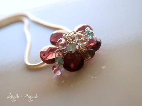 Red Garnet & Quartz necklace - Desert Flower