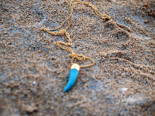 Long turquoise horn pendant - Mykonos