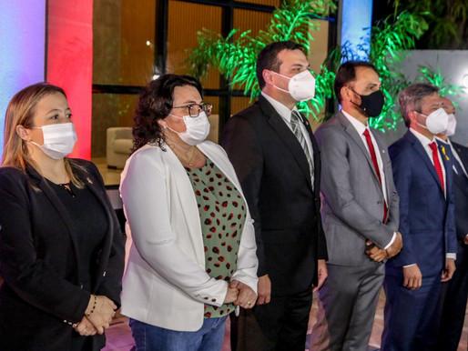 Prefeita participa de inauguração da nova sede da Subseção da OAB em Piripiri