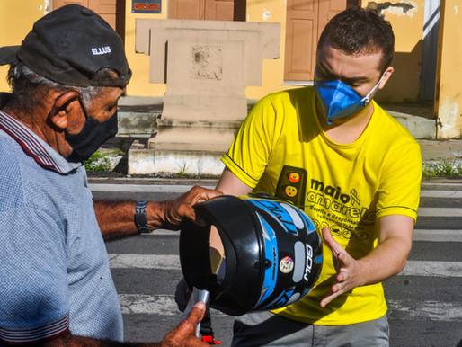 SUTRAN faz nova ação educativa em Piripiri e doa capacetes a motociclistas