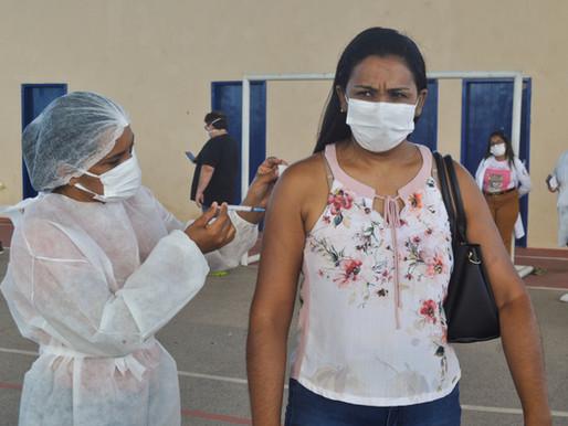 SESAM imuniza profissionais da Saúde com 2ª dose da vacina