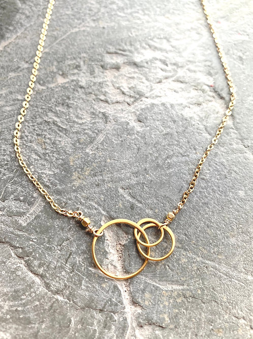 Off Sides Necklace