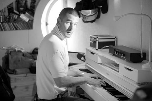 AFKAR PIANO.JPG