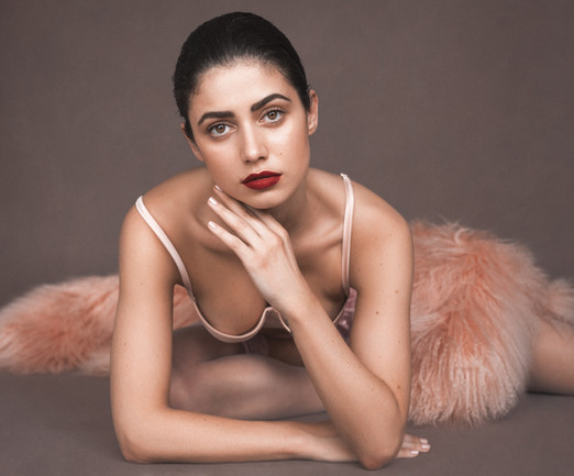 Photographer - Milian Eyes / Model - Sabrina Salerno