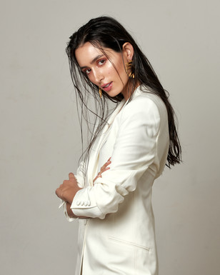 Photographer - Indy Sagoo                     Model - Ishika Sharma          HMU - Mira Parmar