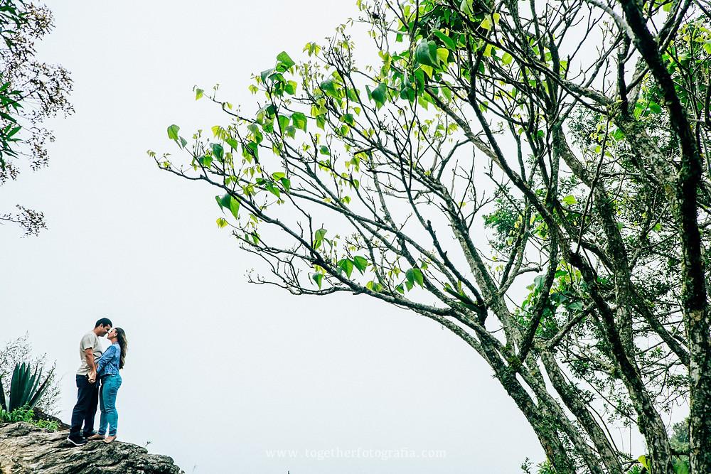 Ensaios de casais, Save The date BH, Fotos Externas de Casamento BH,  Casamentos externas MG, Fotografo de casamento em BH, Fotografia Ensaios externos de Casamento BH, Sessão Externa Fotografica MG, Ensaios de Noivos Fotografia de Casamento,  Melhores fotografos de MG, Foto Externa de casamento, Melhores fotógrafos de casamento em BH Casando em BH, Fotografia de casamentoMG,  BH Casamentos, Noivas Fotos, Retratos de Noivos, album de casamento Fotografia, Fotografia de casamento em BH, Fotografia de casamento Preço, book de noivos MG, Book de Noivos, Fotos Casamento BH, Fotógrafo em BH, Fotógrafo em belo Horizonte, fotografia e filmagem de casamento bh, Lavras novas, Ouro Preto, fotografo casamento bh preço