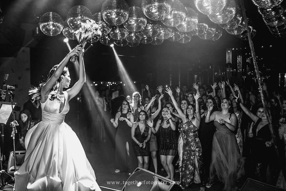Festas de casamento BH,  Recepções de casamento Fotografia,  fotos de recepções de casamento, Casamento de luxo BH, recepções e festas fotos MG, Casamento do ano, Fotografia de festas de casamento em BH, Casamentos mineiros, Melhores fotografos de casamento em BH,  Fotos de Casamento, Fotógrafo em BH, Fotógrafo em belo Horizonte, fotografia e filmagem de casamento bh, fotografo em bh barato, fotografia de casamento bh,  preço fotografia casamento, quanto custa um album de casamento,  fotografo de casamento, Fotografia de casamento, , Casando Fotografia, Wedding, Fotógrafo em BH, Fotógrafo em belo Horizonte , fotografo de casamento, Fotografia de casamento, Fotografo de  Casamento em MG, together Fotografia de casamento MG, fornecedores de casamento BH, Noivas Fotos, album de casamento Fotografia, Fotografia de casamento em BH, Fotografia de casamento Preço, book de noivos MG, Book de Noivos, Fotos Casamento BH, Fotógrafo em BH, Fotógrafo em belo Horizonte, fotografia e filmagem de casamento bh, fotografo casamento bh preço, Fotografo de Casamento Contagem, Fotografo em Contagem, Fotografia de Casamento Contagem, Foto casamento Contagem, fotografo de Casamento em Belo Horizonte,  fotografo BH para Book, álbum de casamento Fotografia BH, Fotografia de casamento Preço,