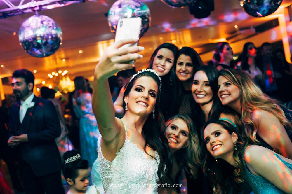 Festas de casamento BH,  Recepções de casamento Fotografia,  fotos de recepções de casamento, Casamento de luxo BH, recepções e festas fotos MG, Casamento do ano, Fotografia de festas de casamento em BH, Casamentos mineiros, Melhores fotografos de casamento em BH,  Fotos de Casamento, Fotógrafo em BH, Fotógrafo em belo Horizonte, fotografia e filmagem de casamento bh, fotografo em bh barato, fotografia de casamento bh,  preço fotografia casamento, quanto custa um album de casamento,  fotografo de casamento, Fotografia de casamento, , Casando Fotografia, Wedding, Fotógrafo em BH, Fotógrafo em belo Horizonte , fotografo de casamento, Fotografia de casamento, Fotografo de  Casamento em MG, together Fotografia de casamento MG, fornecedores de casamento BH, Noivas Fotos, album de casamento Fotografia, Fotografia de casamento em BH, Fotografia de casamento Preço, book de noivos MG, Book de Noivos, Fotos Casamento BH, Fotógrafo em BH, Fotógrafo em belo Horizonte, fotografia e filmagem de casamento bh, fotografo casamento bh preço, Fotografo de Casamento Contagem, Fotografo em Contagem, Fotografia de Casamento Contagem, Foto casamento Contagem, fotografo de Casamento em Belo Horizonte,  fotografo BH para Book, álbum de casamento Fotografia BH, Casa lagoa BH,Fotografia de casamento Preço,