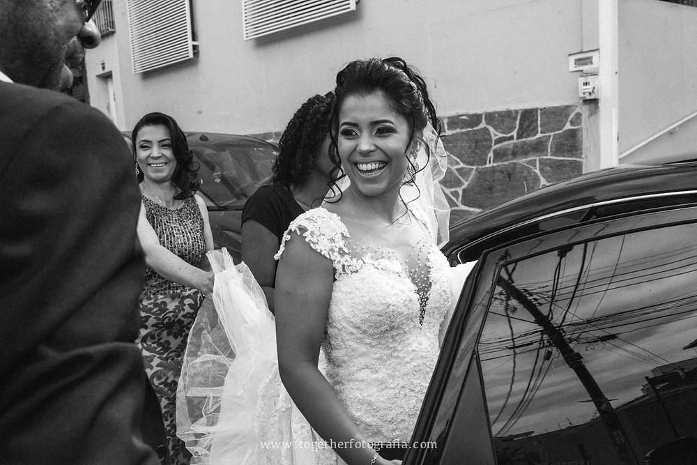 maquiagem de Noiva foto, Fotografia de making of, beleza de Noiva, Noivas foto, Brides, Casando Fotografia, Wedding, Fotógrafo em BH, Fotógrafo em Belo Horizonte, fotografia e filmagem de casamento bh, fotografo em bh barato, fotografia de casamento bh, preço fotografia casamento, Melhores fotografos de casamento em BH, morgana Beloni dia das noivas