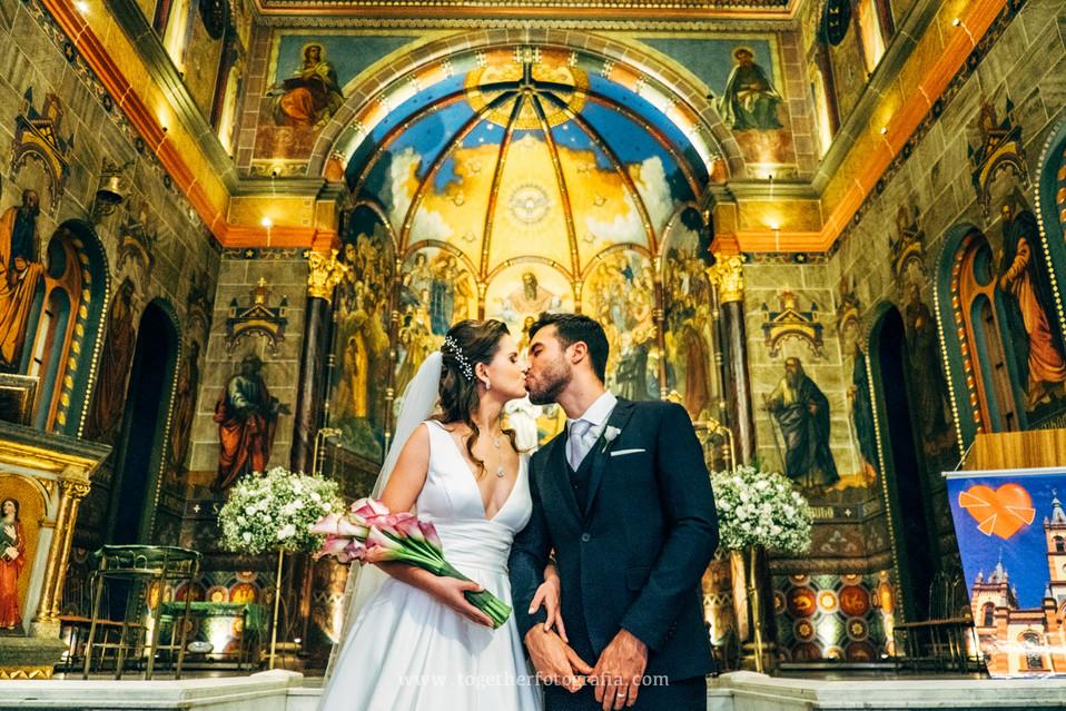 Ana_e_Abner_Casamento_Igreja_SaoJose_BH
