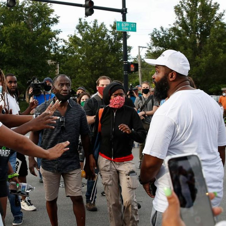 Black Lives Matter Protesters Turned Away By Chicago Neighborhood Residents