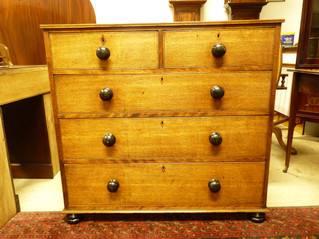 Oak Chest of Drawers,