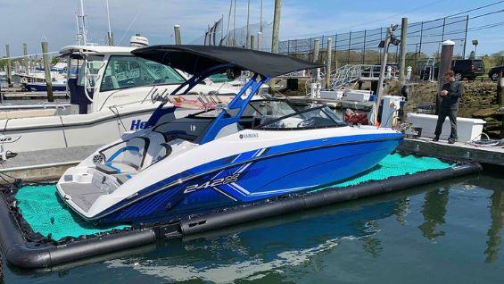 Yamaha On Boat Lift