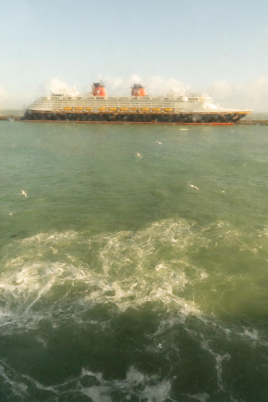 Docking Ferry © Samantha Brown