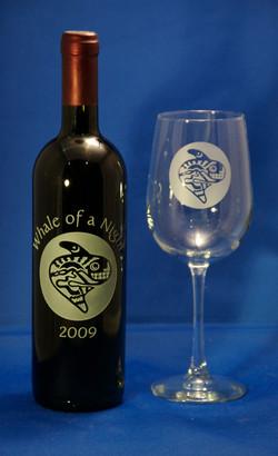 Happy Orca Bottle & Glass set