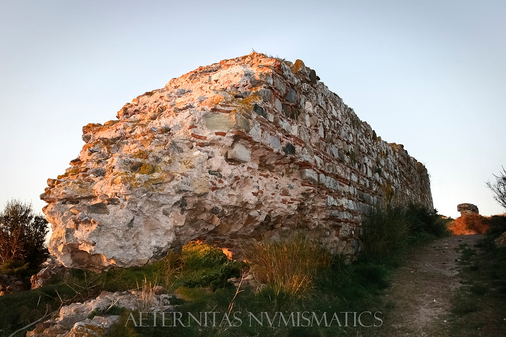 Late-Byzantine city wall fragment in good condition.