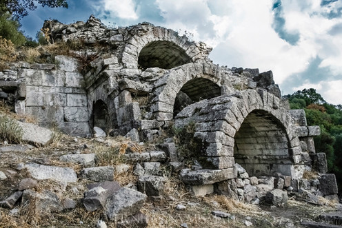 Aigai: A city in the mountains of Aeolis. History and coinage.