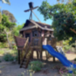 pirate treehouse by Imagine THAT Playhouses