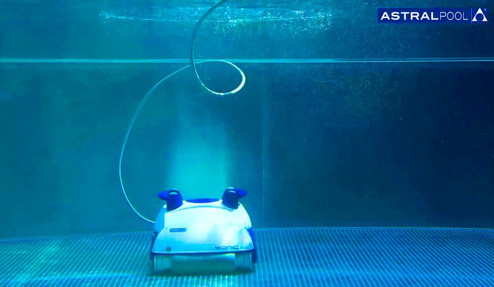 ROBOTS LIMPIAPISCINAS.jpg