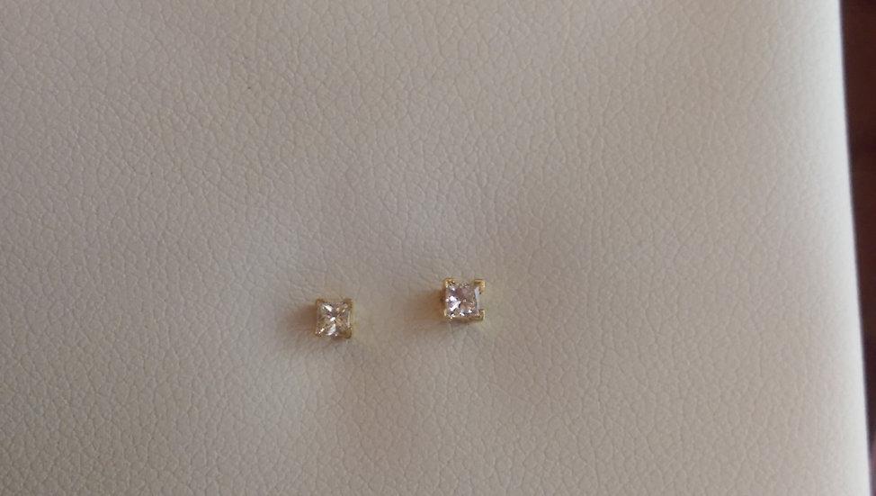 18ct Gold 0.10pt Diamond Earrings