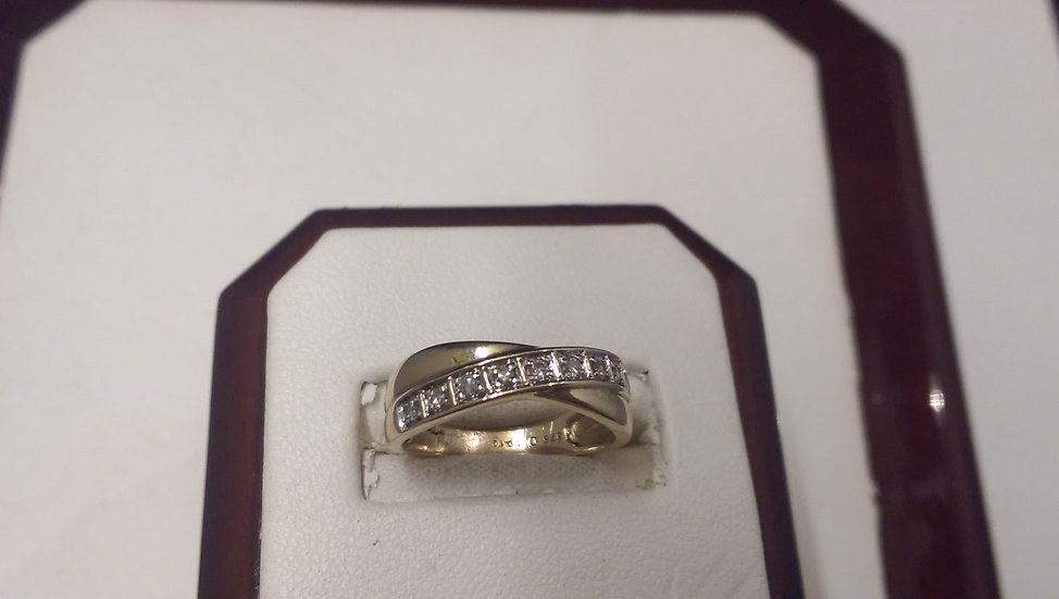 Second Hand 9ct Gold 0.12ct Diamond Ring