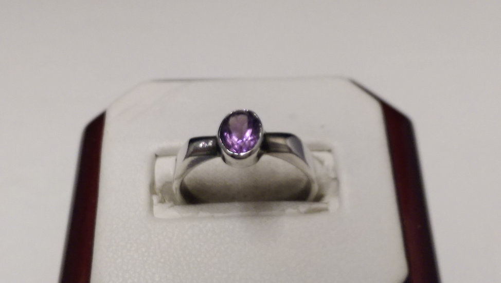 925 Sterling Silver Purple CZ Ring