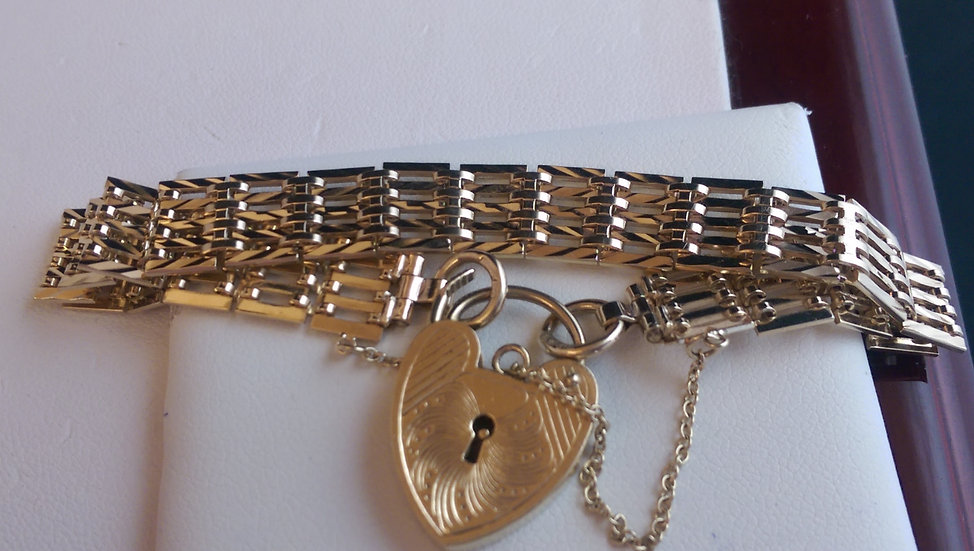 Second Hand 9ct Gold Gate Bracelet