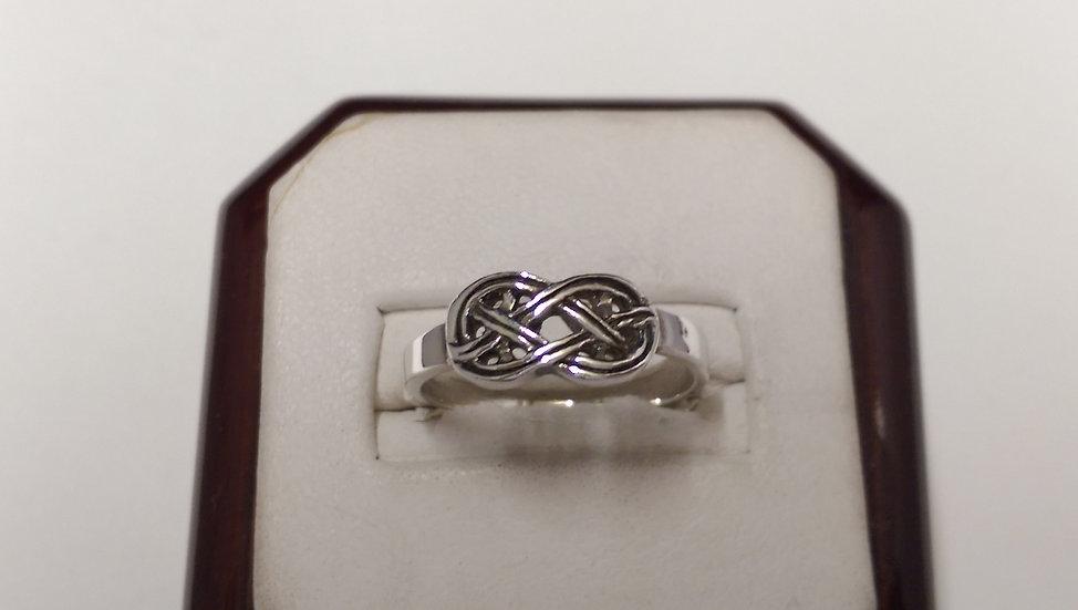 925 Sterling Silver Fancy Ring