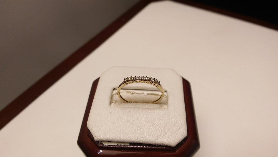 Second Hand 9ct Gold 0.10ct Diamond Ring