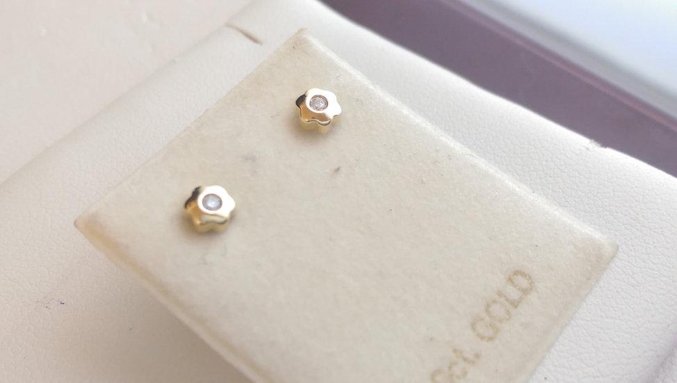 9ct Gold White CZ Earrings